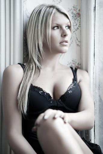 amelie neten téléréalité sexy